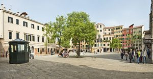 The main square of the Venetian ghetto. Photo from: https://en.wikipedia.org/wiki/Venetian_Ghetto